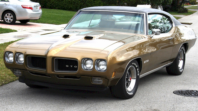 Granada Gold 1970 GTO hardtop from Miami, Florida